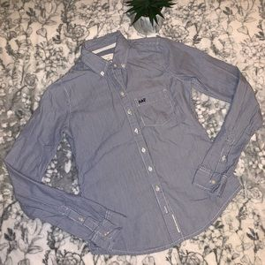 🥏 Abercrombie & Fitch Button Down Shirt